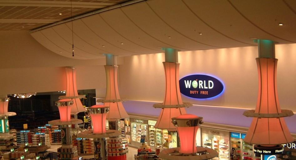 stretch-ceiling-airport-duty-free-image-3