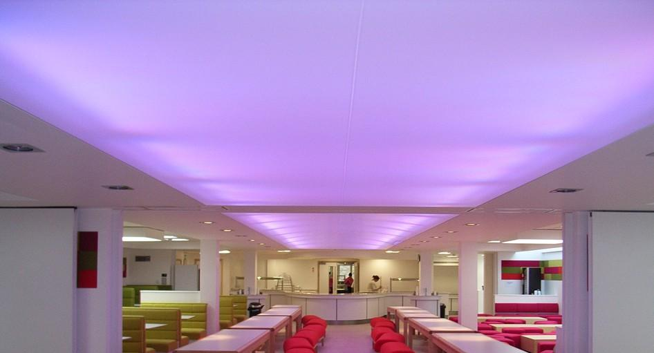 stretch-suspended-bar-restaurant-ceiling-image-29