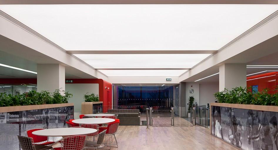 stretch-suspended-office-workplace-ceiling-image-22