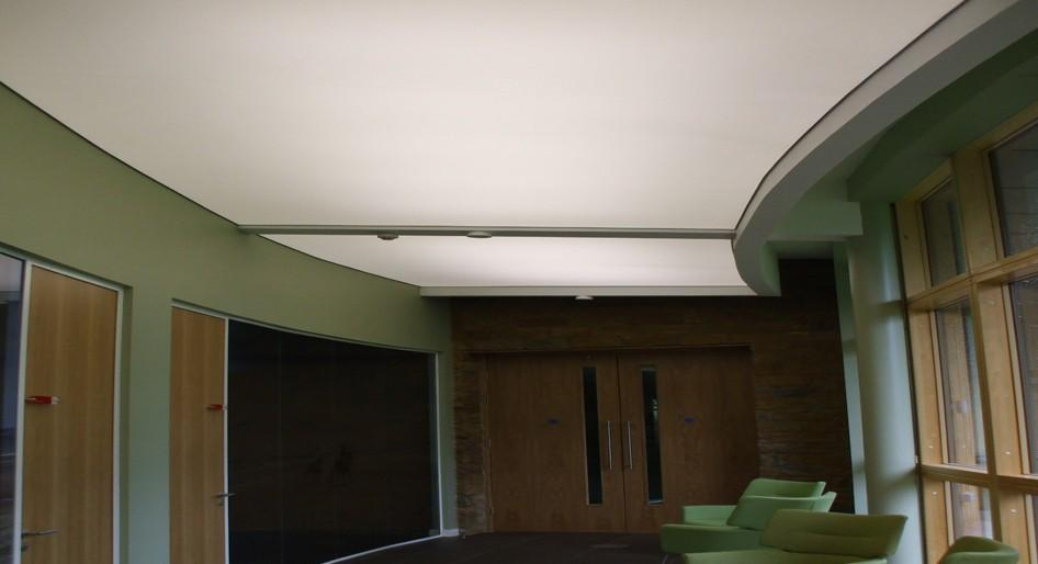 stretch-suspended-office-workplace-ceiling-image-57